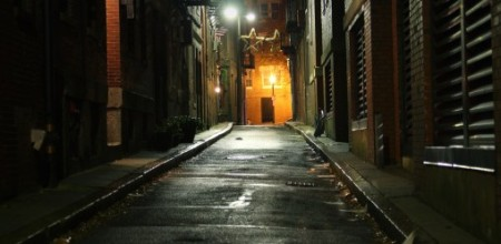 alley-509x249